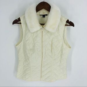 Jackets & Blazers - I.N Studio ivory quilted vest with faux fur collar